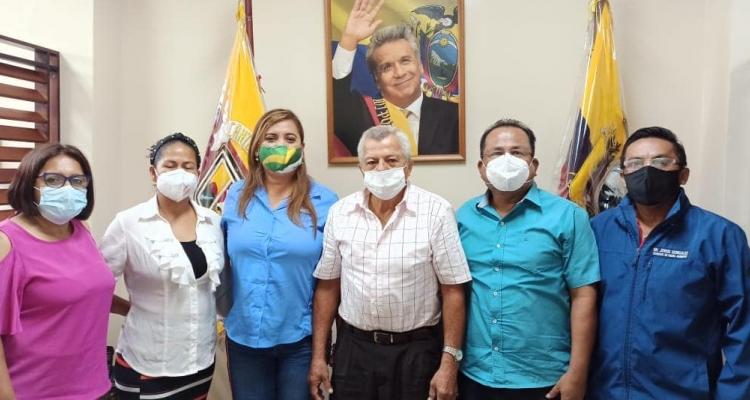 El GAD parroquial la Peaña en coordinación con el Consejo Provincial y el Subcentro de Salud realizan las pruebas rápidas gratis de Covid-19, durante toda la semana.